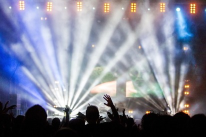 Are live music events immersive?